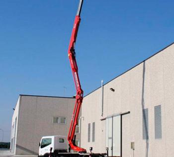 Camión Cesta con brazo hasta 21 metros